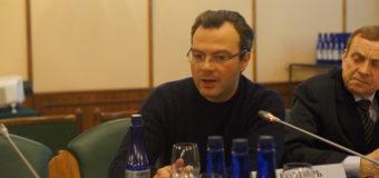 ДИОНИС КАПТАРЬ: Гражданин России должен при желании автоматически получать белорусский паспорт, и наоборот