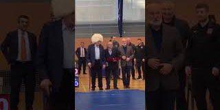 МУСУЛЬМАНСКОЕ СООБЩЕСТВО высоко ценит международные заслуги легендарного Александра Медведя и его выдающихся учеников